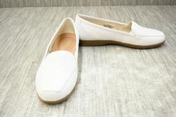 **Easy Spirit Devitt Loafer - Women's Size 8.5W, White