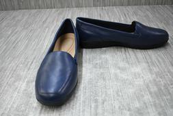 **Easy Spirit Devitt Loafer - Women's Size 9W, Navy