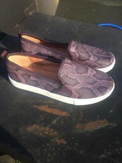 H&M Women's Juniors Purple snake print flats loafers slip