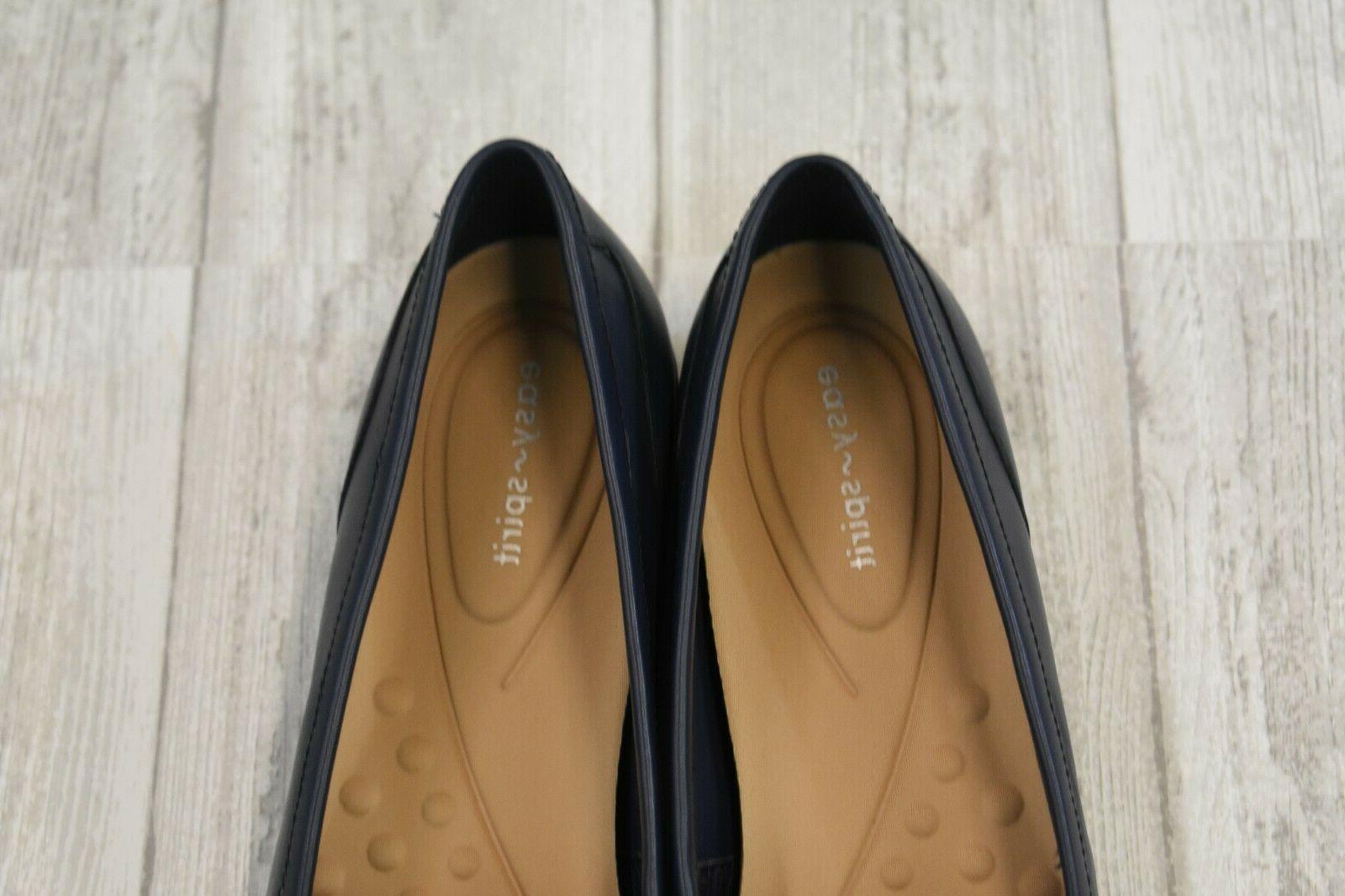 - Women's Size 7.5N, Blue