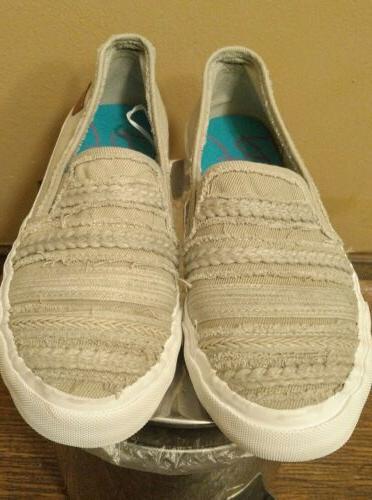 Blowfish Malibu Canvas loafers Mariaina sz8.5 NIB