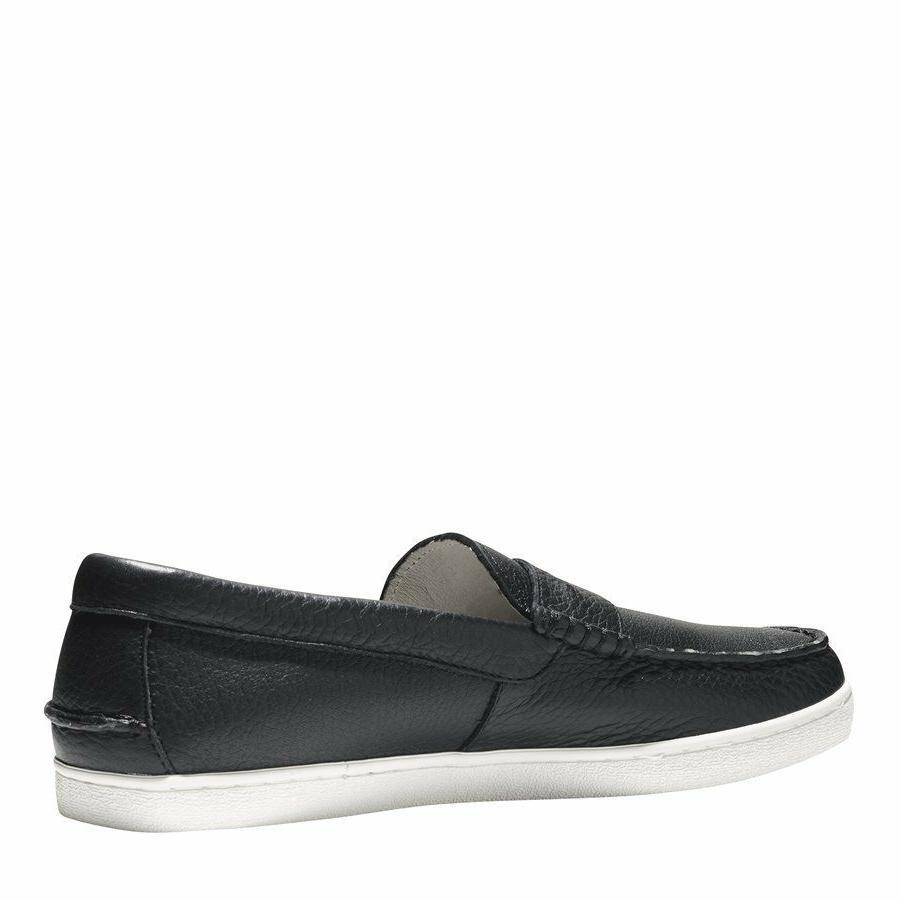 Cole Pinch Weekender Men's Black Leather Loafer Slip Ons