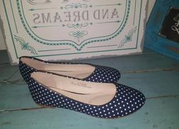 New Bella Marie Sz 7 Blue Polka Dot Flats