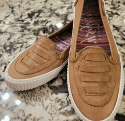 Women's Blowfish Tan Flat Loafers Size 6.5 Super Cute